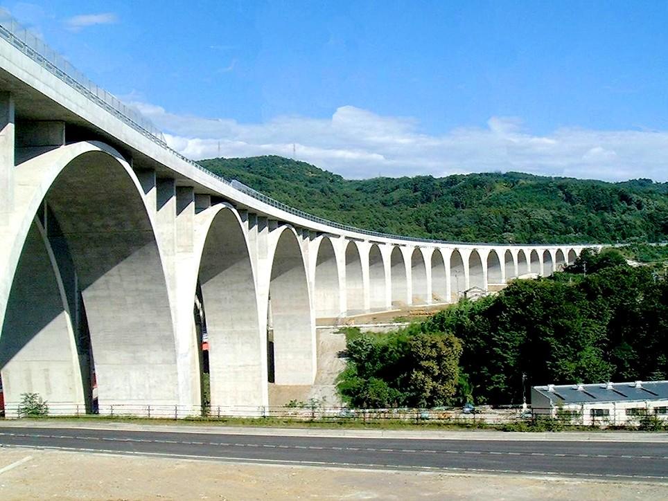 上田ローマン橋(上信越自動車道)様の画像